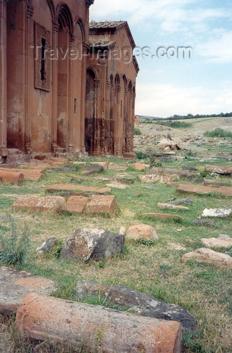 armenia50: Armenia - Marmashen, Shirak province: ancient cemetery by the monastery - photo by M.Torres - (c) Travel-Images.com - Stock Photography agency - Image Bank