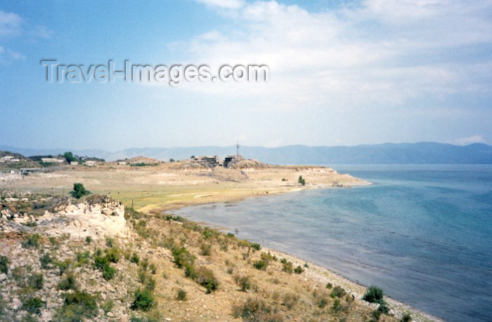 armenia58: Armenia - Ayrivan, Gegharkunik province: beach on lake Sevan - photo by M.Torres - (c) Travel-Images.com - Stock Photography agency - Image Bank