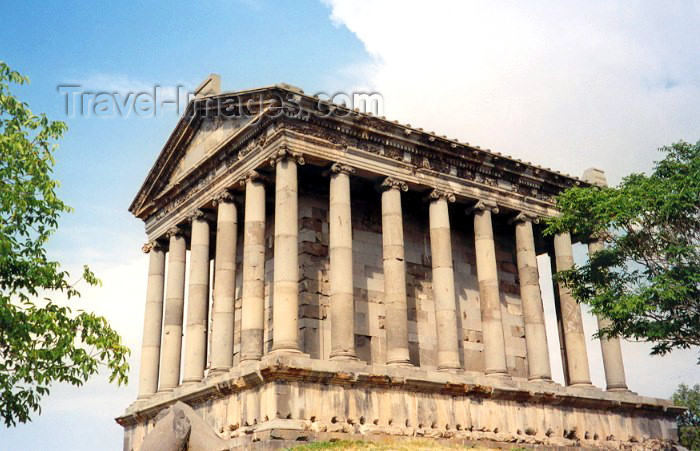 armenia67: Armenia - Garni, Kotayk province: Hellenic temple - photo by M.Torres - (c) Travel-Images.com - Stock Photography agency - Image Bank