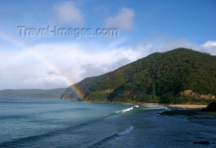 australia156: Australia - Great Ocean Road (VIctoria): rainbow - photo by Luca Dal Bo - (c) Travel-Images.com - Stock Photography agency - Image Bank