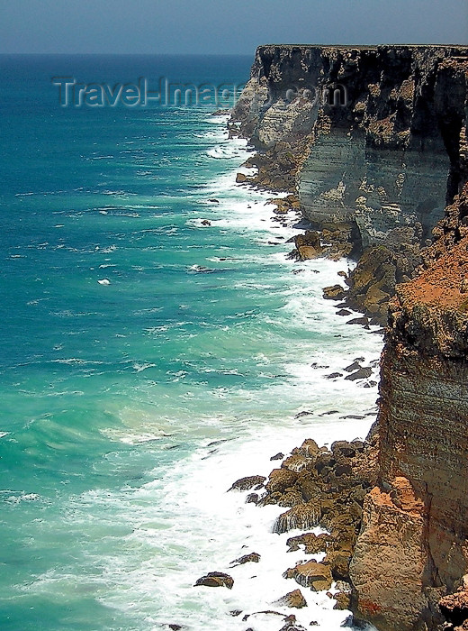 australia423: Australia - Nullarbor NP (SA): Bunda Cliffs Lookout - Eyre Highway - photo by Luca Dal Bo - (c) Travel-Images.com - Stock Photography agency - Image Bank