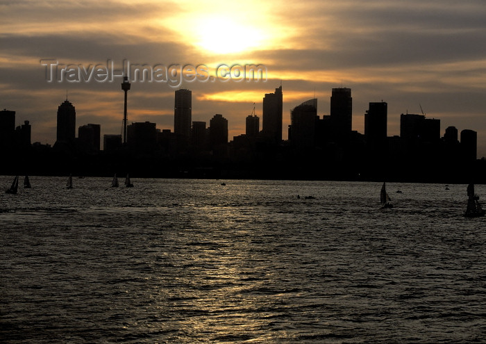 australia439: Australia - Sydney (NSW): skyline - sunset (photo by A.Walkinshaw) - (c) Travel-Images.com - Stock Photography agency - Image Bank
