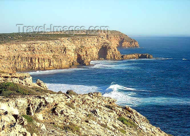 australia511: Australia - Elliston - Eyre Peninsula (SA): Waterloo Point - photo by Luca dal Bo - (c) Travel-Images.com - Stock Photography agency - Image Bank