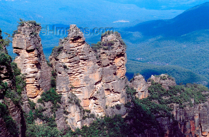 australia513: Blue Mountains NP, NSW, Australia: the three sisters - from Echo Point, Katoomba - Unesco World heritage area - photo by M.Torres - (c) Travel-Images.com - Stock Photography agency - Image Bank