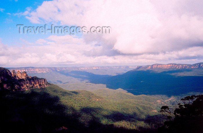 australia514: Blue Mountains NP, Greater Blue Mountains Area, NSW, Australia: Grose Valley - Unesco World heritage area - photo by M.Torres - (c) Travel-Images.com - Stock Photography agency - Image Bank