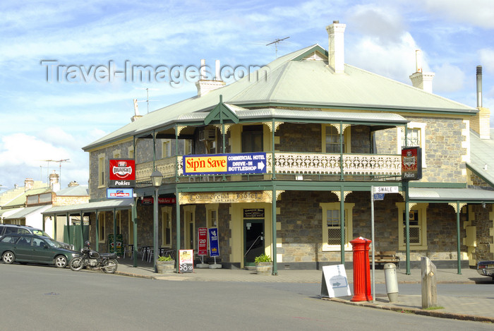 australia655: Australia - Strathalbyn, South Australia: Commercial Hotel - photo by G.Scheer - (c) Travel-Images.com - Stock Photography agency - Image Bank
