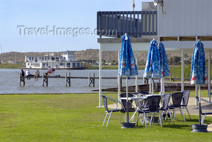 australia662: Australia - Goolwa, South Australia: river scene - River Murray - photo by G.Scheer - (c) Travel-Images.com - Stock Photography agency - Image Bank