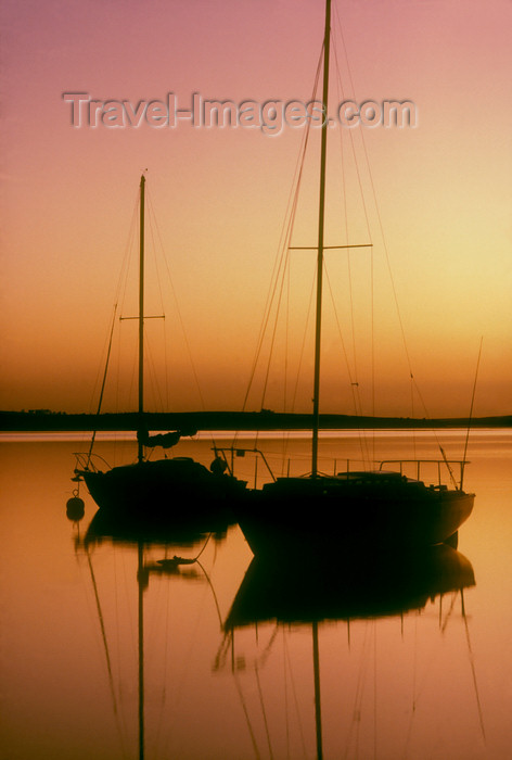australia690: Australia - Goolwa, South Australia: two boat silhouette, sunrise - photo by G.Scheer - (c) Travel-Images.com - Stock Photography agency - Image Bank
