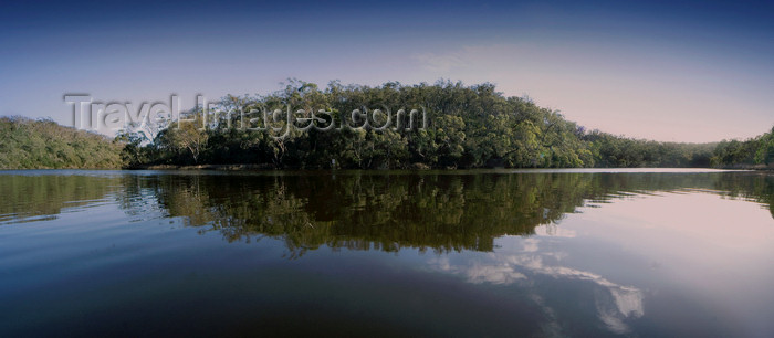 australia718: River Glenegl, Victoria, Australia - photo by Y.Xu - (c) Travel-Images.com - Stock Photography agency - Image Bank