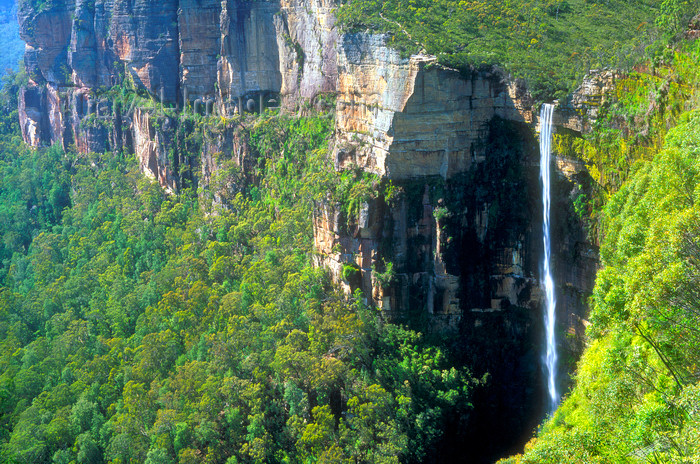 australia741: Blue Mountains, New South Wales, Australia: Govetts Leap Waterfall - Grose River - Blackheath area - Blue Mountains National Park - photo by G.Scheer - (c) Travel-Images.com - Stock Photography agency - Image Bank