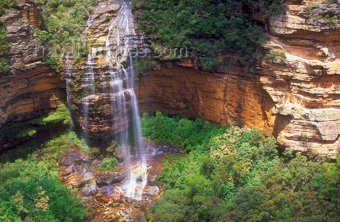 australia752: Blue Mountains, New South Wales, Australia: Wentworth Falls - lower section - Blue Mountains National Park - photo by G.Scheer - (c) Travel-Images.com - Stock Photography agency - Image Bank