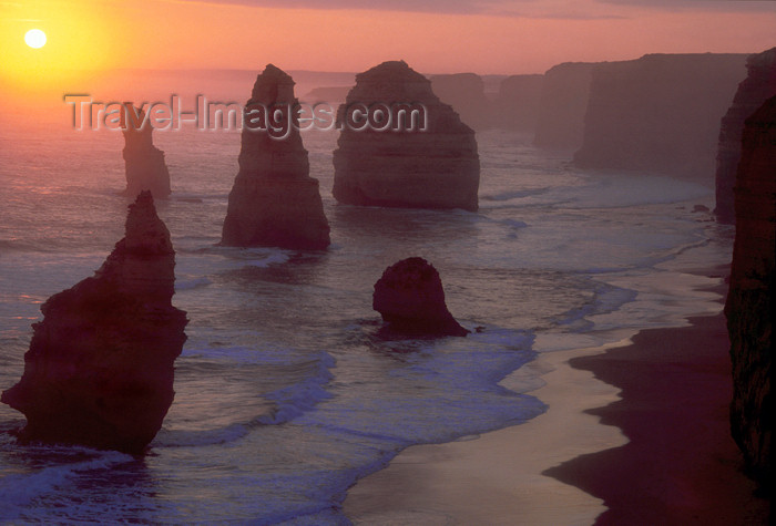 australia757: Great Ocean Road, Victoria, Australia: 12 Apostles at Sunset - limestone stacks - Port Campbell National Park - photo by G.Scheer - (c) Travel-Images.com - Stock Photography agency - Image Bank