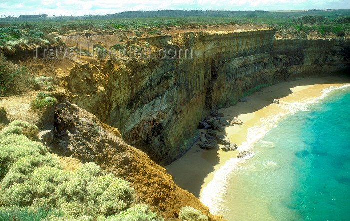australia759: Great Ocean Road, Victoria, Australia: cliffs and small beach - rugged coastline - photo by G.Scheer - (c) Travel-Images.com - Stock Photography agency - Image Bank