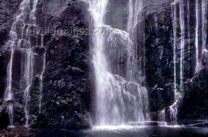 australia781: Grampians National Park, Victoria, Australia: McKenzie Falls close-up - photo by G.Scheer - (c) Travel-Images.com - Stock Photography agency - Image Bank