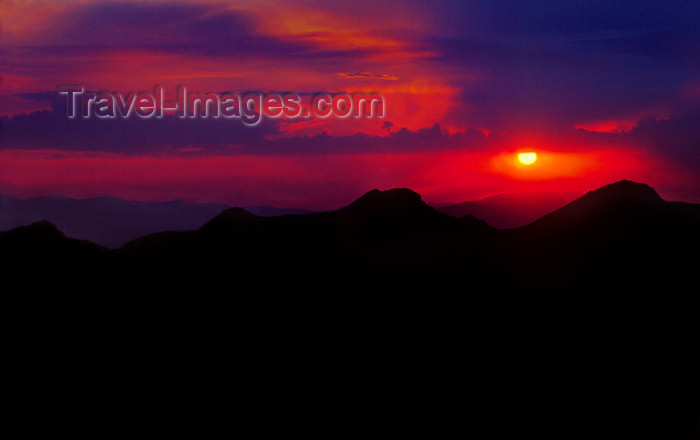 australia785: Grampians, Victoria, Australia: Mt. William sunset - photo by G.Scheer - (c) Travel-Images.com - Stock Photography agency - Image Bank