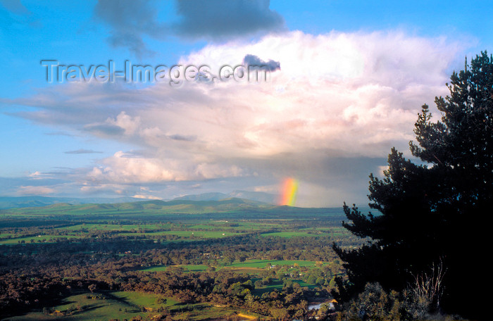 australia786: Ararat, Victoria, Australia: rainbow outside Ararat - photo by G.Scheer - (c) Travel-Images.com - Stock Photography agency - Image Bank