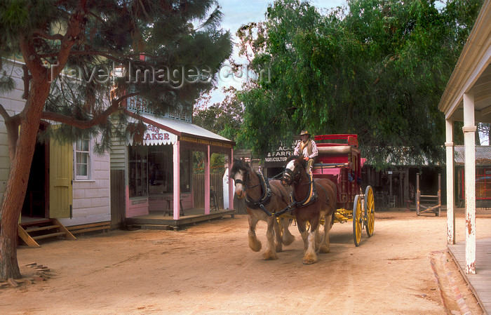 australia790: Swan Hill, Victoria, Australia: pioneer settlement - wagon - photo by G.Scheer - (c) Travel-Images.com - Stock Photography agency - Image Bank