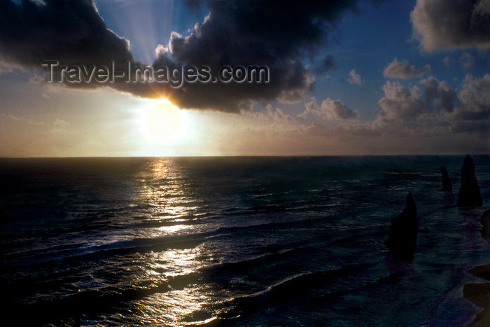 australia791: Great Ocean Road - Port Campbell National Park, Victoria, Australia: sunset on the Bass strait - photo by G.Scheer - (c) Travel-Images.com - Stock Photography agency - Image Bank