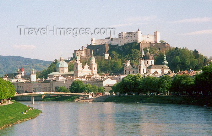 austria13: Austria - Salzburg / Solnograd / SZG : the Salzach, the city and the Hohensalzenburg fortress on the Mönchsberg mountain - Altstadt - Unesco world heritage site - photo by M.Torres - (c) Travel-Images.com - Stock Photography agency - Image Bank
