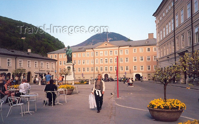 austria17: Austria - Salzburg: by the main post office - photo by M.Torres - (c) Travel-Images.com - Stock Photography agency - Image Bank