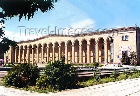 az-ganca12: Azerbaijan - Ganca: City Hall - photo by Elnur Hasan - (c) Travel-Images.com - Stock Photography agency - Image Bank