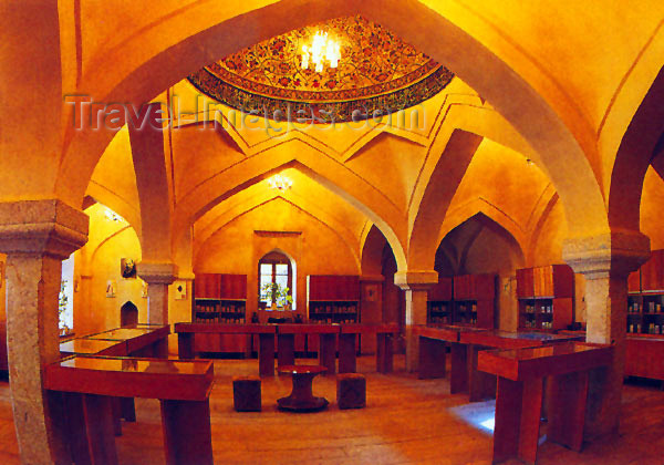 az-shu3: Nagorno Karabakh - Shusha: Panah Khan's library - arches (photo (c)  H.Huseinzade) - (c) Travel-Images.com - Stock Photography agency - Image Bank