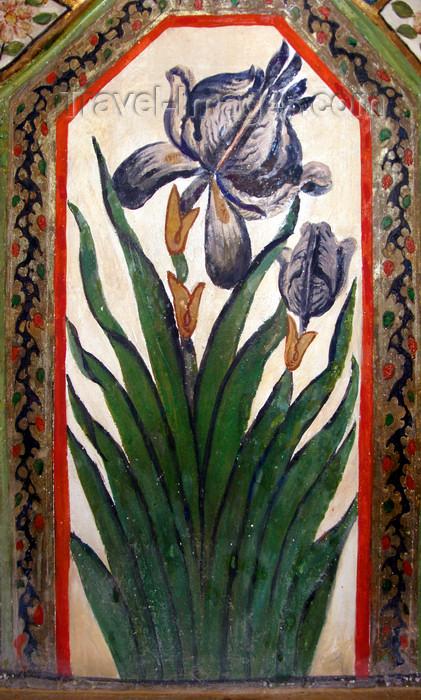 azer106: Sheki / Shaki - Azerbaijan: Sheki Khans' palace - flower vase - fresco - Khansarai - photo by N.Mahmudova - (c) Travel-Images.com - Stock Photography agency - Image Bank
