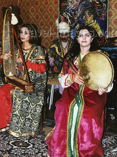 azer108: Azerbaijan - Baku: Niyazi House Museum - Azeri women in traditional costume playing local instruments - musicians - art - photo by Galen Frysinger - (c) Travel-Images.com - Stock Photography agency - Image Bank