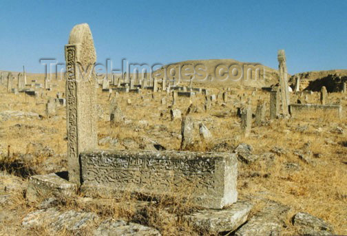 azer112: Azerbaijan - Maraza / Mereza: ancient Muslim graveyard (photo by G.Frysinger) - (c) Travel-Images.com - Stock Photography agency - Image Bank