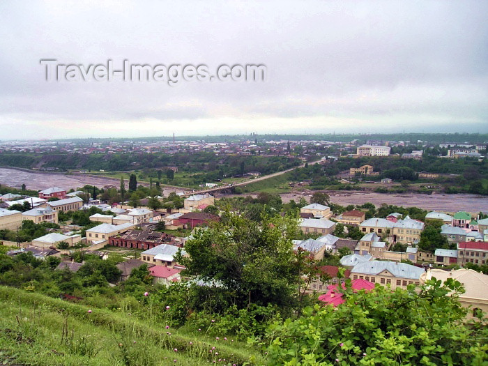 azer120: Azerbaijan - Quba: the town and the Kudyal river seen from Krasnaya Sloboda (photo by F.MacLachlan) - (c) Travel-Images.com - Stock Photography agency - Image Bank