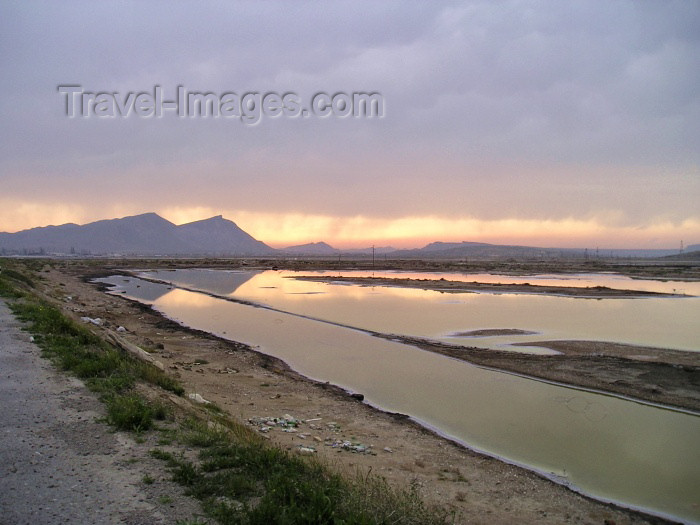 azer125: Azerbaijan - Baku: landscape south of the city on the coast road towards Gobustan (photo by F.MacLachlan) - (c) Travel-Images.com - Stock Photography agency - Image Bank