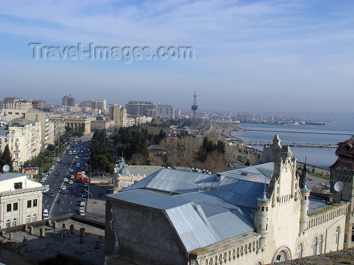 azer134: Azerbaijan - Baku: view from the Maiden's tower (Giz Galasi) towards Neftchilar avenue - photo by N.Mahmudova - (c) Travel-Images.com - Stock Photography agency - Image Bank
