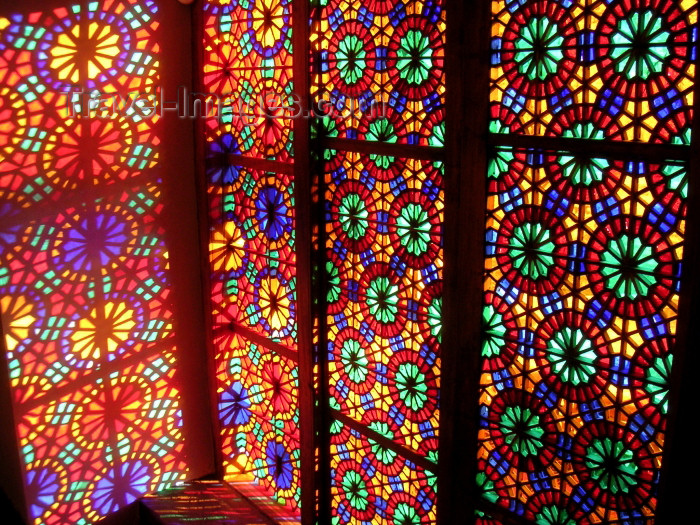 azer141: Azerbaijan - Sheki: window - stained glass work known as 'shebeke / shabaka' - the Khan's palace - projection of colours - photo by A.Kilroy - (c) Travel-Images.com - Stock Photography agency - Image Bank