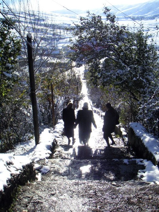 azer144: Azerbaijan - Lerik: women descending steps - winter - photo by A.Kilroy - (c) Travel-Images.com - Stock Photography agency - Image Bank