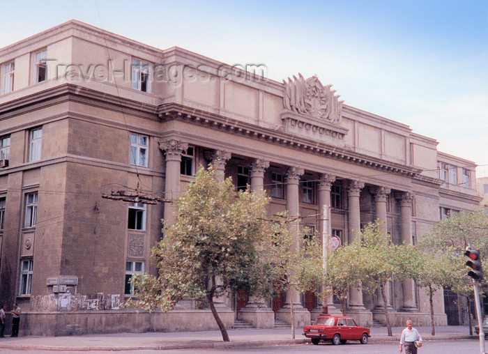 azer16: Azerbaijan - Baku: Soviet legacy - Shahriyar Cultural Club, built where St. Mary's Catholic church used to stand - photo by Mig - (c) Travel-Images.com - Stock Photography agency - Image Bank