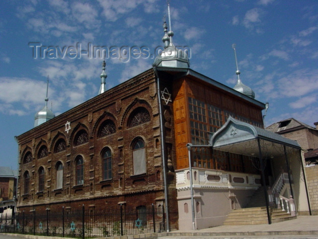 azer164: Azerbaijan - Krasnaya Sloboda - Quba Rayonu: Kusari synagogue - religion - Judaism - photo by A.Slobodianik - (c) Travel-Images.com - Stock Photography agency - Image Bank