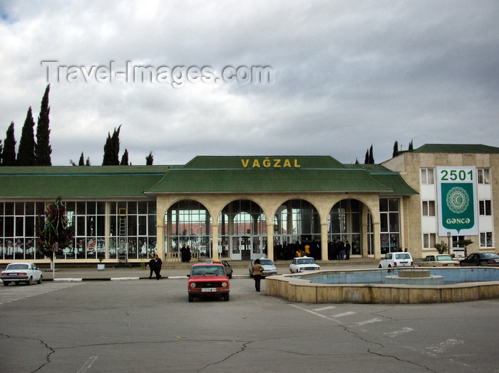 azer209: Ganca, Azerbaijan: train station - vagzal - photo by N.Mahmudova - (c) Travel-Images.com - Stock Photography agency - Image Bank