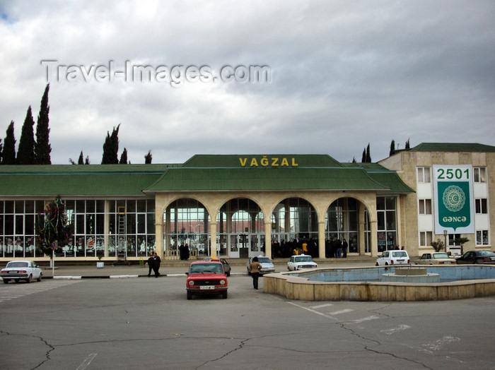 azer209: Ganca, Azerbaijan: train station - vagzal - photo by N.Mahmudova - (c) Travel-Images.com - Stock Photography agency - Image Bank