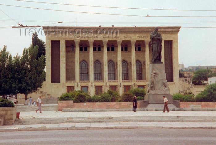 azer23: Azerbaijan - Baku / Baki: Akademik Milli Teatri  / Academic Theatre and statue of Fizuli (1494-1556), Azerbaijani poet and thinker - sculptors: Omar Eldarov and Tokay Mamedov - photo by Miguel Torres - (c) Travel-Images.com - Stock Photography agency - Image Bank