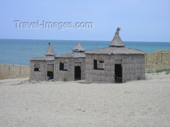 azer252: Azerbaijan - Pirshaga / Pirshagi settlement- Absheron peninsula - Baki Sahari: beach huts - resort Pirshagi - Caspian sea - photo by F.MacLachlan - (c) Travel-Images.com - Stock Photography agency - Image Bank