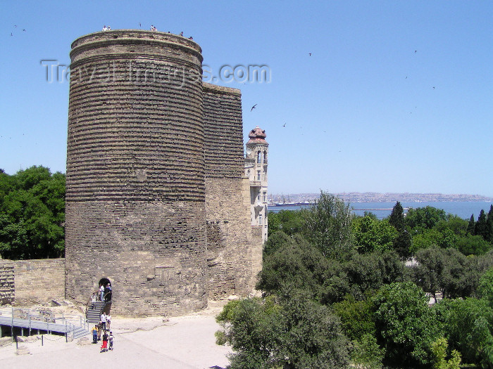 azer271: Azerbaijan - Baku: Maiden's tower (Gyz Galassy) - land side - Unesco world heritage site - photo by N.Mahmudova - (c) Travel-Images.com - Stock Photography agency - Image Bank