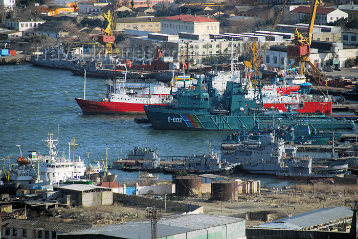 azer303: Azerbaijan - Baku: military harbour - Azerbaijan's naval flotilla - Caspian Flotilla - photo by M.Torres - (c) Travel-Images.com - Stock Photography agency - Image Bank