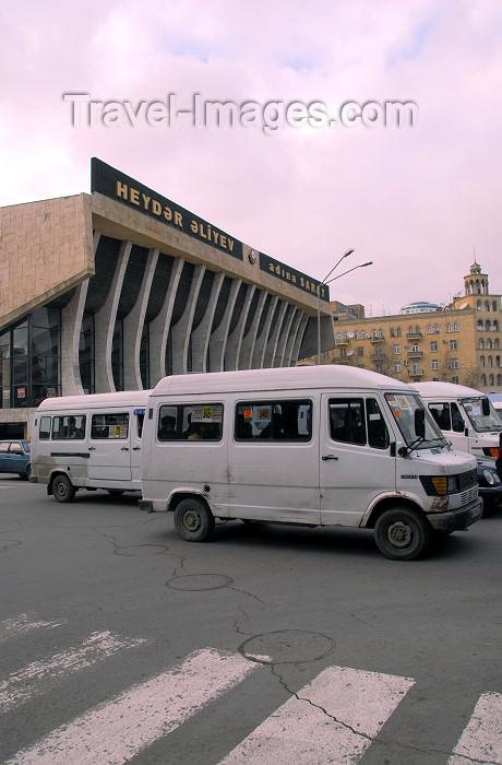 azer311: Azerbaijan - Baku: Marshrutki near the Republic palace - shared taxis - photo by M.Torres - (c) Travel-Images.com - Stock Photography agency - Image Bank