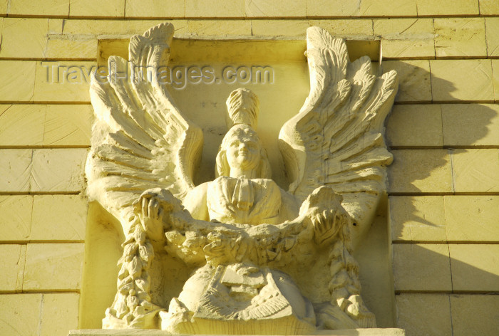 azer314: Azerbaijan - Baku: Zoroastrian inspiration - winged figure - Musical Comedy Theatre named after Shikhali Gurbanov - photo by M.Torres - (c) Travel-Images.com - Stock Photography agency - Image Bank