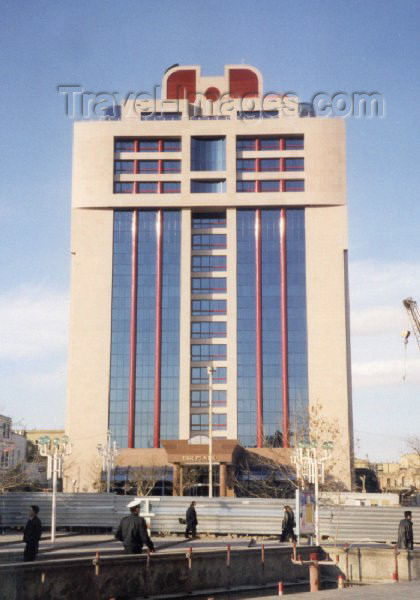 azer35: Azerbaijan - ISR Plaza - office building the includes SAS Radisson hotel - photo by Miguel Torres - (c) Travel-Images.com - Stock Photography agency - Image Bank