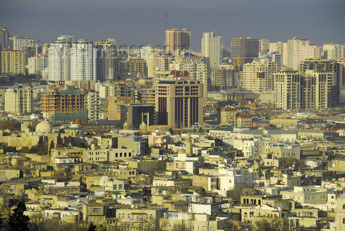 azer361: Azerbaijan - Baku: old town and the new skyline - photo by M.Torres - (c) Travel-Images.com - Stock Photography agency - Image Bank