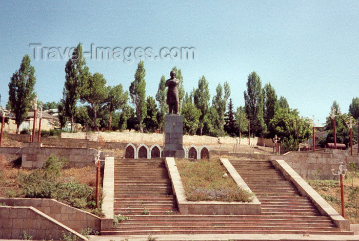 azer39: Azerbaijan - Shemakha / Shamakha: Sabir statue, poet - the town's favourite son - photo by M.Torres - (c) Travel-Images.com - Stock Photography agency - Image Bank