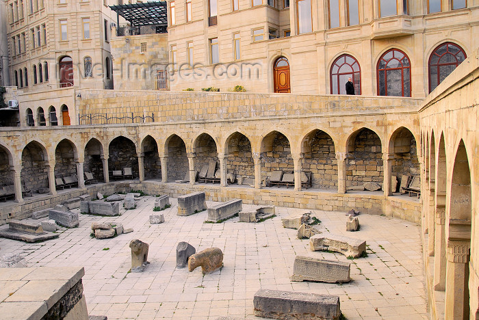 azer395: Azerbaijan - Baku: old town - archeology on display - Icheri Sheher - inner city - UNESCO listed - photo by Miguel Torres - (c) Travel-Images.com - Stock Photography agency - Image Bank