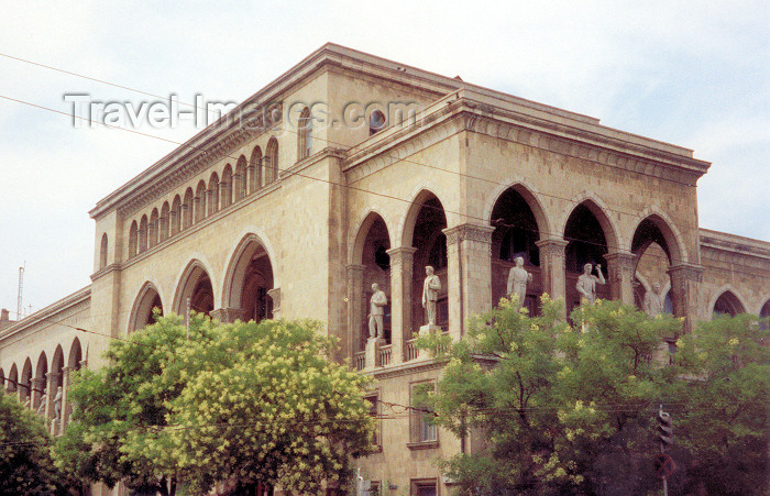azer40: Azerbaijan - Baku: puppet theatre - formerly the Phenomenon casino - designed by Polish architect Joseph K. Ploshko - Neftchilar av. - The Boulevard - photo by Miguel Torres - (c) Travel-Images.com - Stock Photography agency - Image Bank