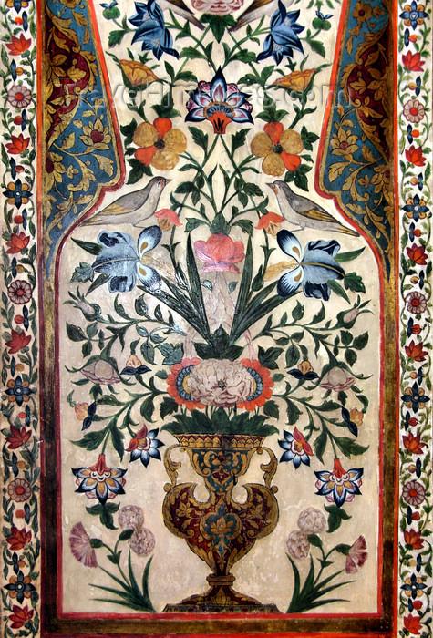 azer460: Sheki / Shaki - Azerbaijan: Sheki Khans' palace - flower vase with birds - fresco - Khansarai - photo by N.Mahmudova - (c) Travel-Images.com - Stock Photography agency - Image Bank